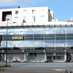 KIELS City Glasfront